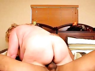 Big Belly Blonde - Plumperpass