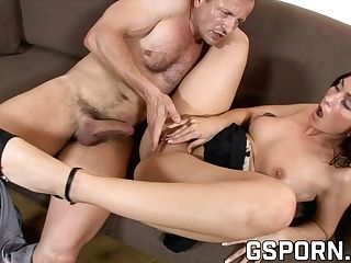 Hot Brown-haired Want A Money-shot In Her Puss