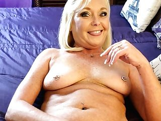 My Hot Stepmom Loves Her Coochie And Assfucked