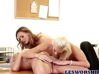 Three Lesbos Are Playing And Gobbling Each Others Twats In The Office