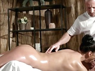 Rubdown Rooms Sexy Russian Mummy Cums Hard